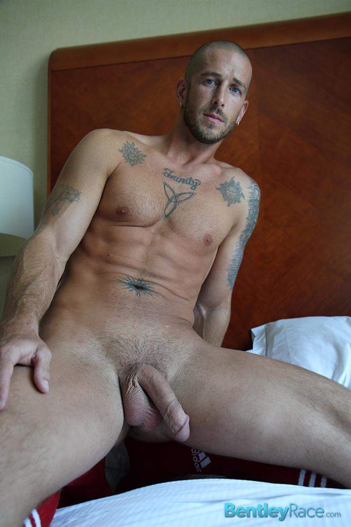 Bentley-Race-Mark-Green-Sexy-Jock-Jerking-His-Thick-Cock-Amateur-Gay-Porn-13 Sexy Amateur Straight Soccer Player from Indiana Strokes His Thick Cock