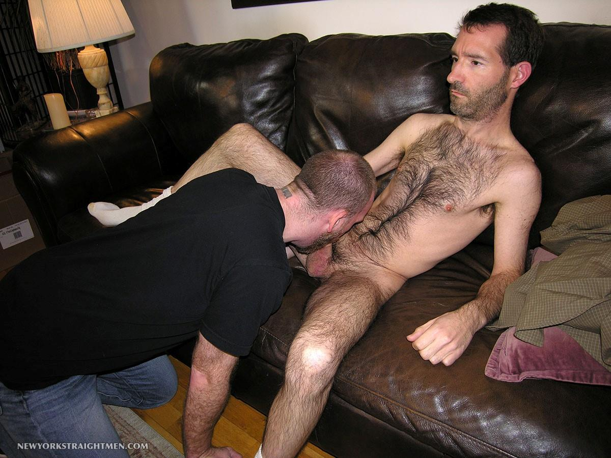 New-York-Straight-Men-Tom-Straight-Skinny-Hairy-Guy-Gets-Blowjob-From-A-Guy-Amateur-Gay-Porn-11 Amateur Hairy Straight Skinny NY Stockbroker Gets His First Gay Blowjob