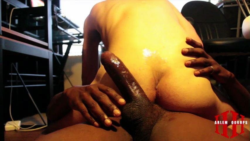 Harlem-Hookups-Interracial-Big-Black-Cocks-Down-Low-Thugs-Naked-Amateur-Gay-Porn-05 Down Low Black Thugs Breeding and Taking Cock