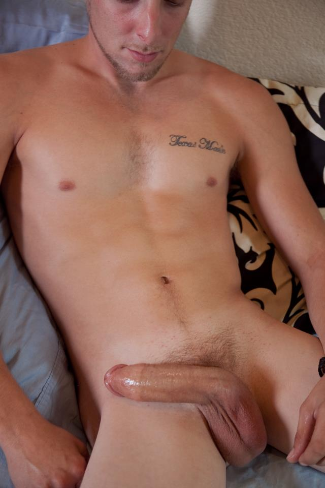 Southern-Strokes-Kale-Redneck-Jerking-His-Big-Cock-Amateur-Gay-Porn-14 Straight Southern 21 Year Old Redneck Jerks His Big Cock